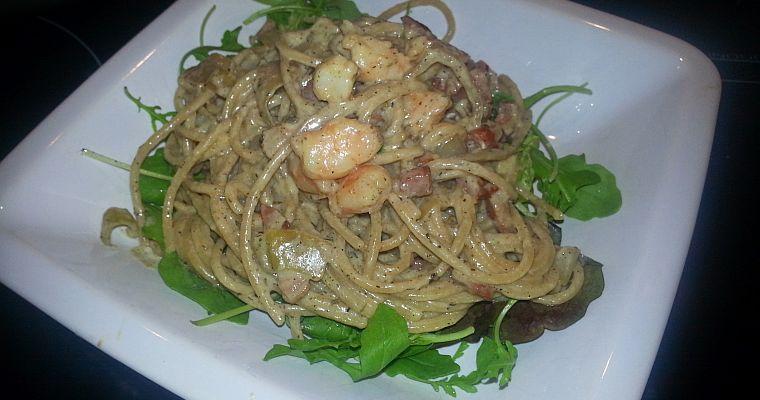 Spaghetti z boczkiem i krewetkami