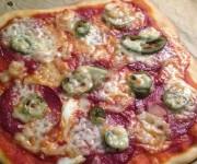 Prosta pizza wegetariańska i na ostro