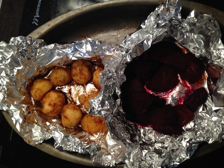 ziemniaki-buraki-pieczone