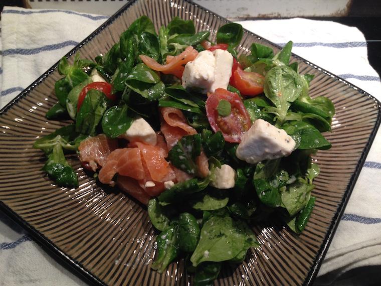 salata-z-lososiem-i-feta