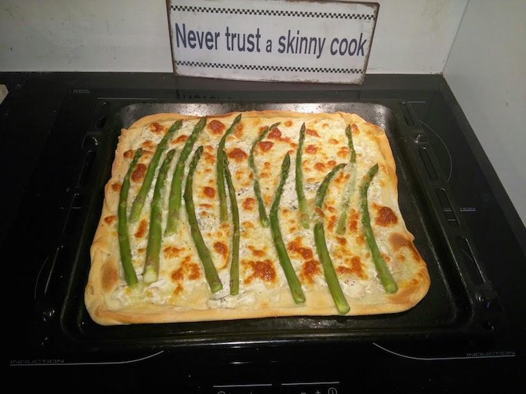 pizza-ze-szparagami