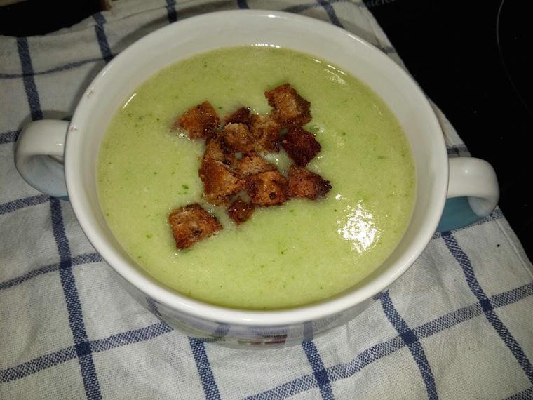 zupa-krem-z-bialych-szparagow