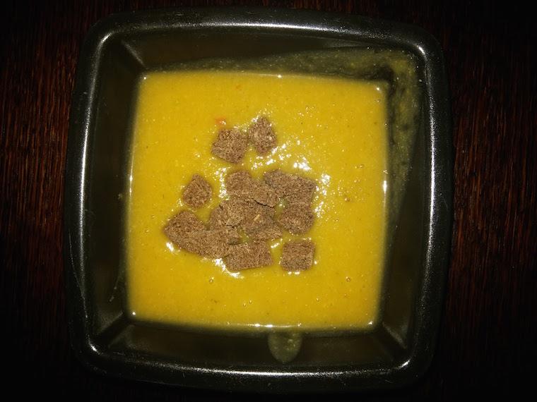 zupa-z-dyni-z-czerwona-soczewica