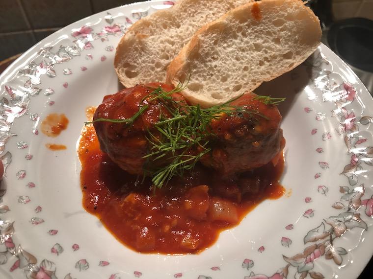 pulpety-wolowe-w-sosie-pomidorowym