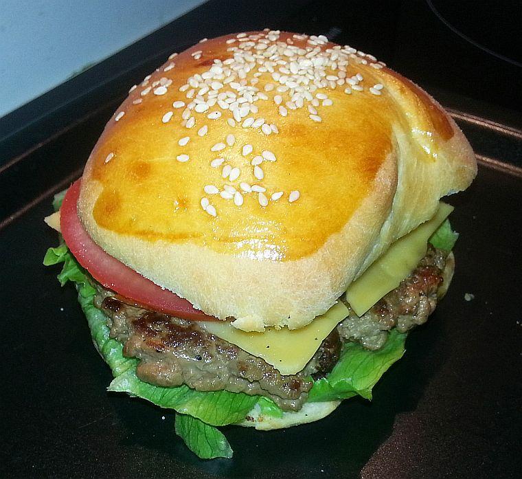 klasyczny_cheesburgerek