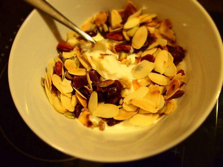 jogurt_z_bakaliami