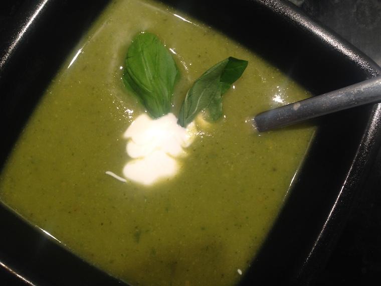 brokulowa-zupa