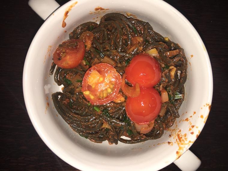 proste-spaghetti-z-pomidorkami-slodkimi